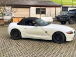 BMW_Z4_matt_blue_white_pearlescent_03_1
