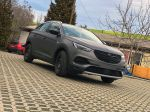 Opel_Crossland_X_Avery_Charcoal_matte_metallic_02_1
