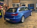 Seat-Leon-foliert-in-Oracal-nightblue-matte-metallic-02