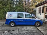 Teilfolierung_VW_Caddy_foliert_in_Avery_blue_02