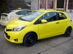 toyota_yaris_foliert_in_intaxgelb_20130502_1816081401