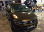 VW_Touran_foliert_in_orientbraunmetallic_01